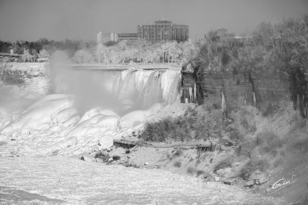 Winter Scenes, Niagara Falls, Canada, 2019  19