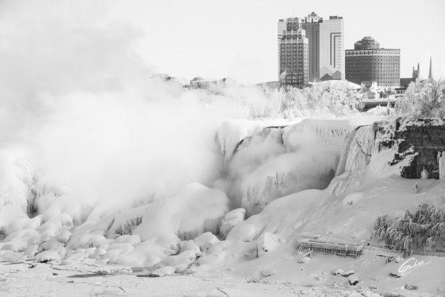 Niagara Falls, Canada, The Falls Scenes, 2014  01