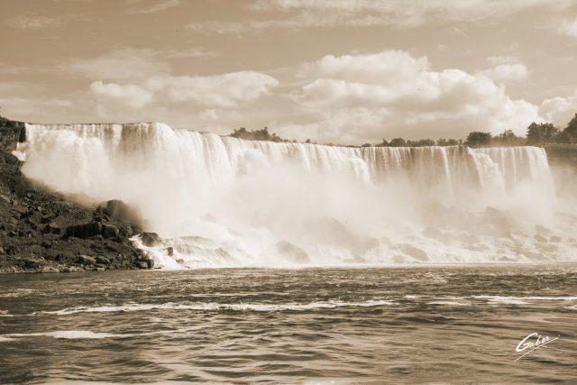 Summer Scenes, Niagara Falls, Canada, 2016  01