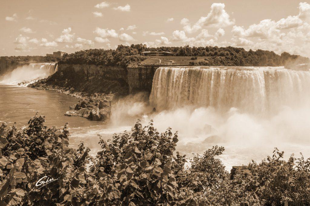 Niagara Falls, Canada, The Falls Scenes, 2014  08