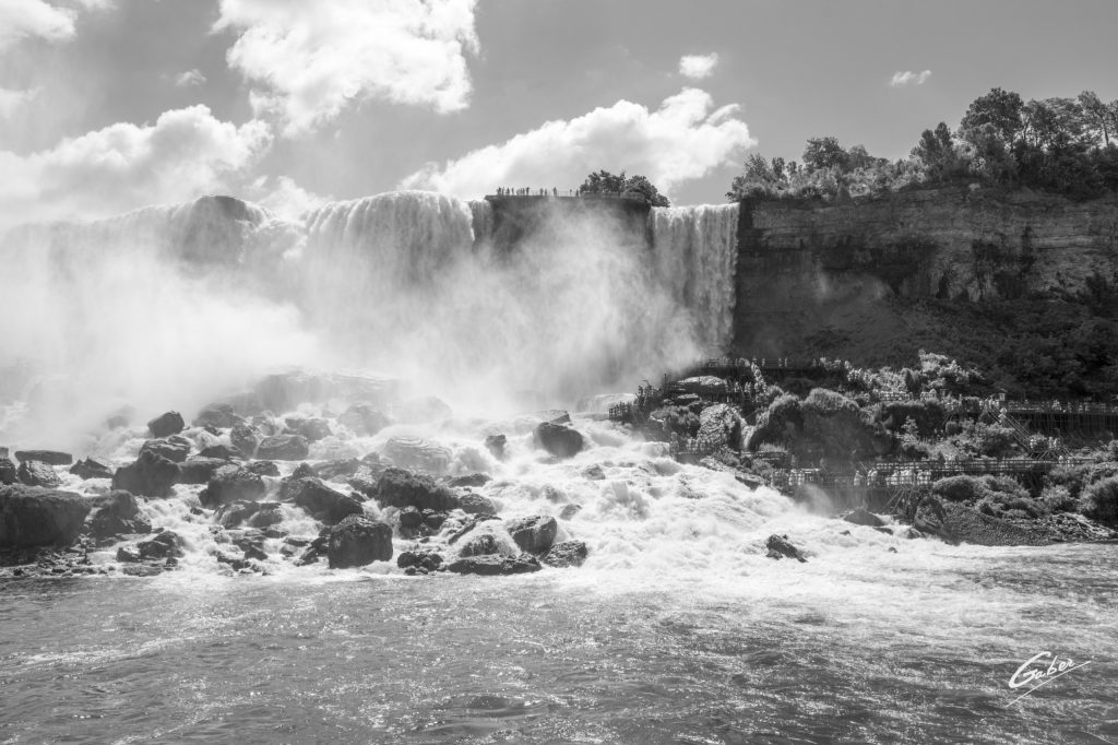 Summer Scenes, Niagara Falls, Canada, 2016  20