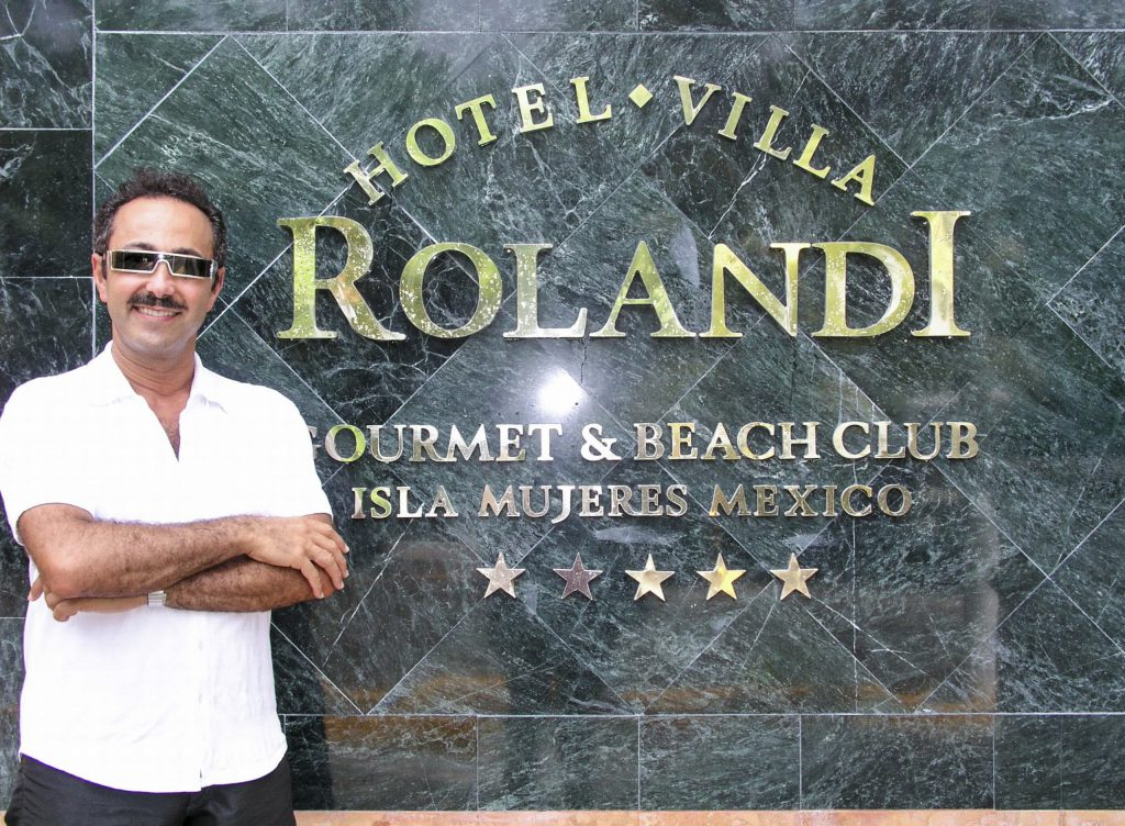 Antoine Gaber, Passion for Life, solo Exhibition at Hotel Rolandi, in Isla Mujeres, Quintana Roo México.