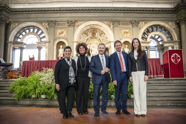 """""""Water for Life"""" Children and Adolescent Art Workshop Exhibition, at the Palazzo Vecchio, Salone Dei 500 , in Florence, Italy. Angelina Herrera, Barbara Felleca, Municipal Councilor City of Florence, Antoine Gaber, Vittorio Gasparrini, President of the UNESCO Center of Florence."""