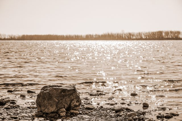 Landscape 2021 Early Spring Lake Ontario  04