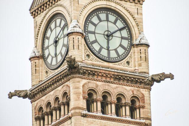Toronto_City Hall_OLD_2018_16x24_03_FINAL_GAB-C18-ARTO-09